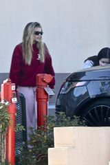 Sofia Richie Spotted out at Coffee Bean and Tea in Studio City