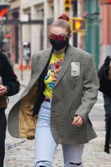 Gigi Hadid Seen out & about in New York