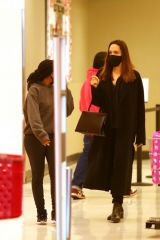 Angelina Jolie Looks classy in an all-black ensemble as she goes shopping with her daughter Zahara in Los Angeles