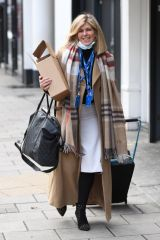 Kate Garraway Seen at Global Radio studios in London