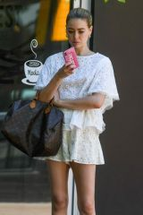 April Rose Pengilly Out for lunch in Sydney