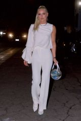 Lindsey Vonn Outside Craig's restaurant in West Hollywood