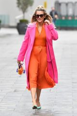 Ashley Roberts Pictured in a Karen Millen dress leaving the Global Studios after the Heart Radio Breakfast Show in London