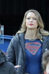Melissa Benoist Returns to the set of 'Supergirl' in Vancouver