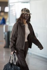 Bella Hadid At Charles De Gaulle Airport in Paris