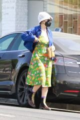 Alia Shawkat Out in Los Feliz