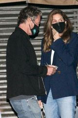 Cindy Crawford Enjoys date night out at Nobu in Malibu