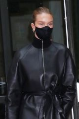 Rosie Huntington-Whiteley Seen coming out of the Crosby hotel wearing all-black in New York