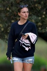 Natalie Portman Out in Sydney