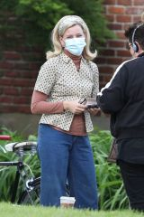 "Elizabeth Banks On the set of ""Call June"" in Hartford"