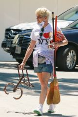 Selma Blair Stops by a yard sale before a trip to Sweet Flower Dispensary in Studio City