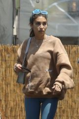 Chantel Jeffries Loads up on OCB rolling papers ahead of the weekend in Los Angeles
