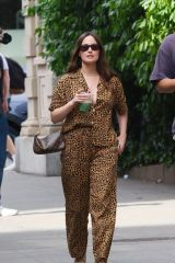 Kacey Musgraves Stays cool with green drinks while out in Manhattan's Downtown district