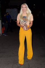Lindsey Vonn Outside Craig's in West Hollywood
