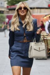 Ashley Roberts Pictured leaving the Global Radio studios in London