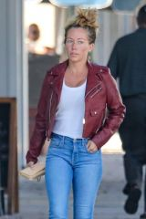 Kendra Wilkinson Goes on a shopping spree and gets her nails done in Beverly Hills