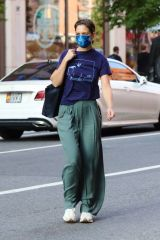 Katie Holmes Out in Downtown Manhattan