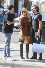 Sylvie Meis Is all smiles shopping in Beverly Hills