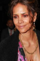 Halle Berry Was seen leaving the Elle 2021 Woman in Hollywood Event in Los Angeles