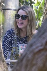 Dannii Minogue Celebrates her 50th Birthday with a picnic in her hometown of Melbourne