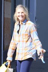 Amanda Kloots Is all smiles as she arrives at the Dancing With The Stars rehearsal studio in Los Angeles