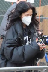Maggie Lindemann Shows her Covid-19 vaccination card at Terminal 5 in New York