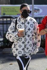 Vanessa Hudgens & GG Magree Grabbing coffee with friends in West Hollywood
