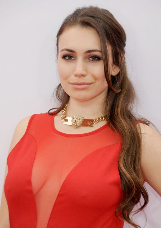 SOPHIE SIMMONS