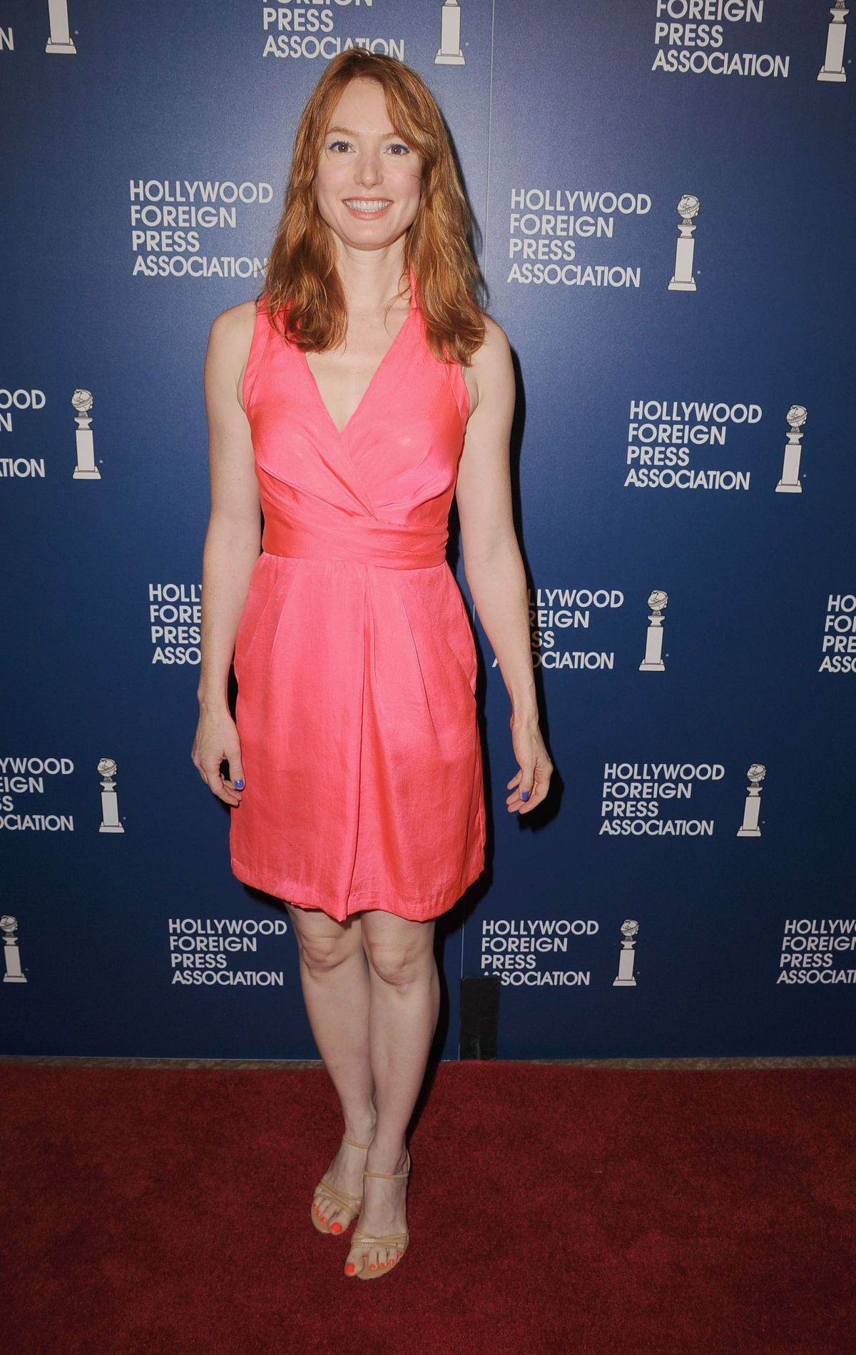 Alicia Witt At The Hollywood Foreign Press Association