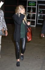 Ashley Olsen At Mccarran International Airport In Las Vegas