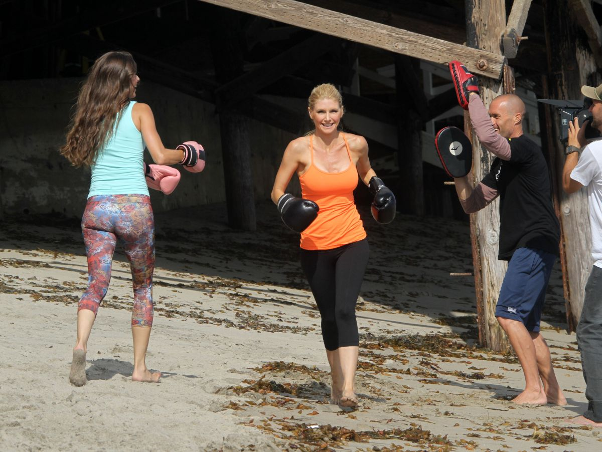 Brande Roderick Filming An Exercise Video At Jeremy Piven