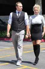Britney Spears At Church In Thousand Oaks