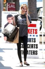 Emma Roberts Shopping In American Apparel In Studio City