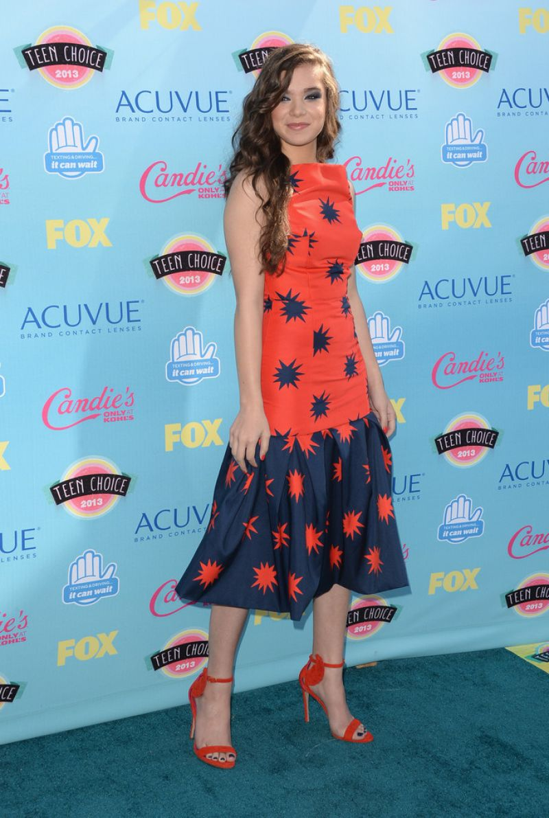 Hailee Steinfeld At 2013 Teen Choice Awards In Universal City
