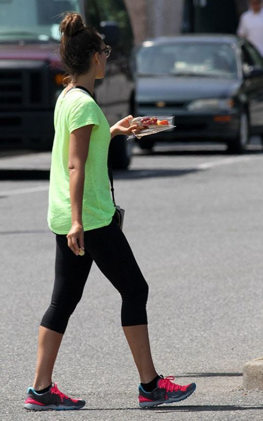 Jessica Alba Out In The Hamptons
