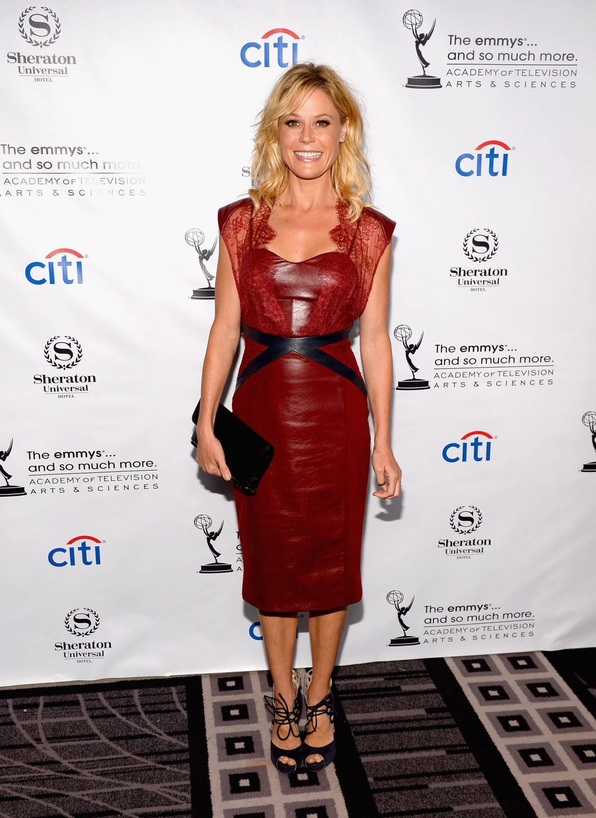 Julie Bowen At Pre-Emmy Awards Peer Group Cocktail Reception In Universal City