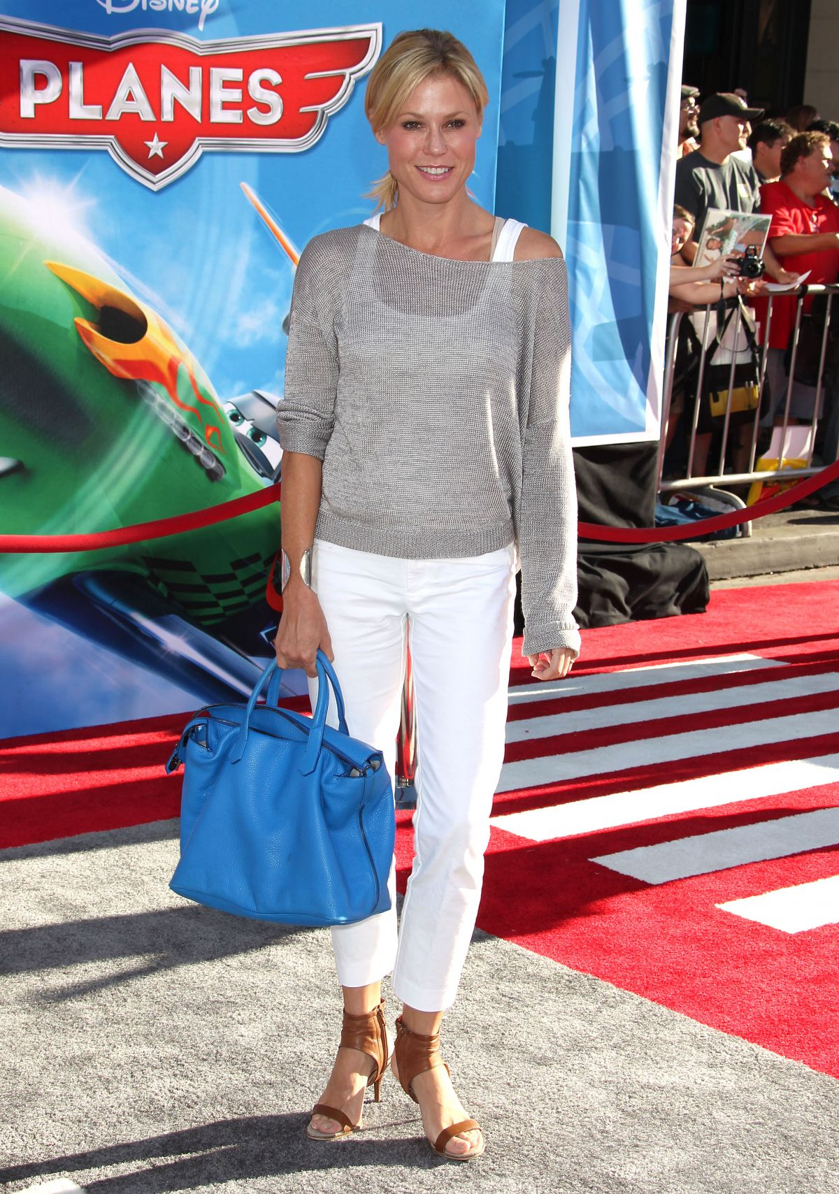 Julie Bowen At The Planes Los Angeles Premiere In Hollywood