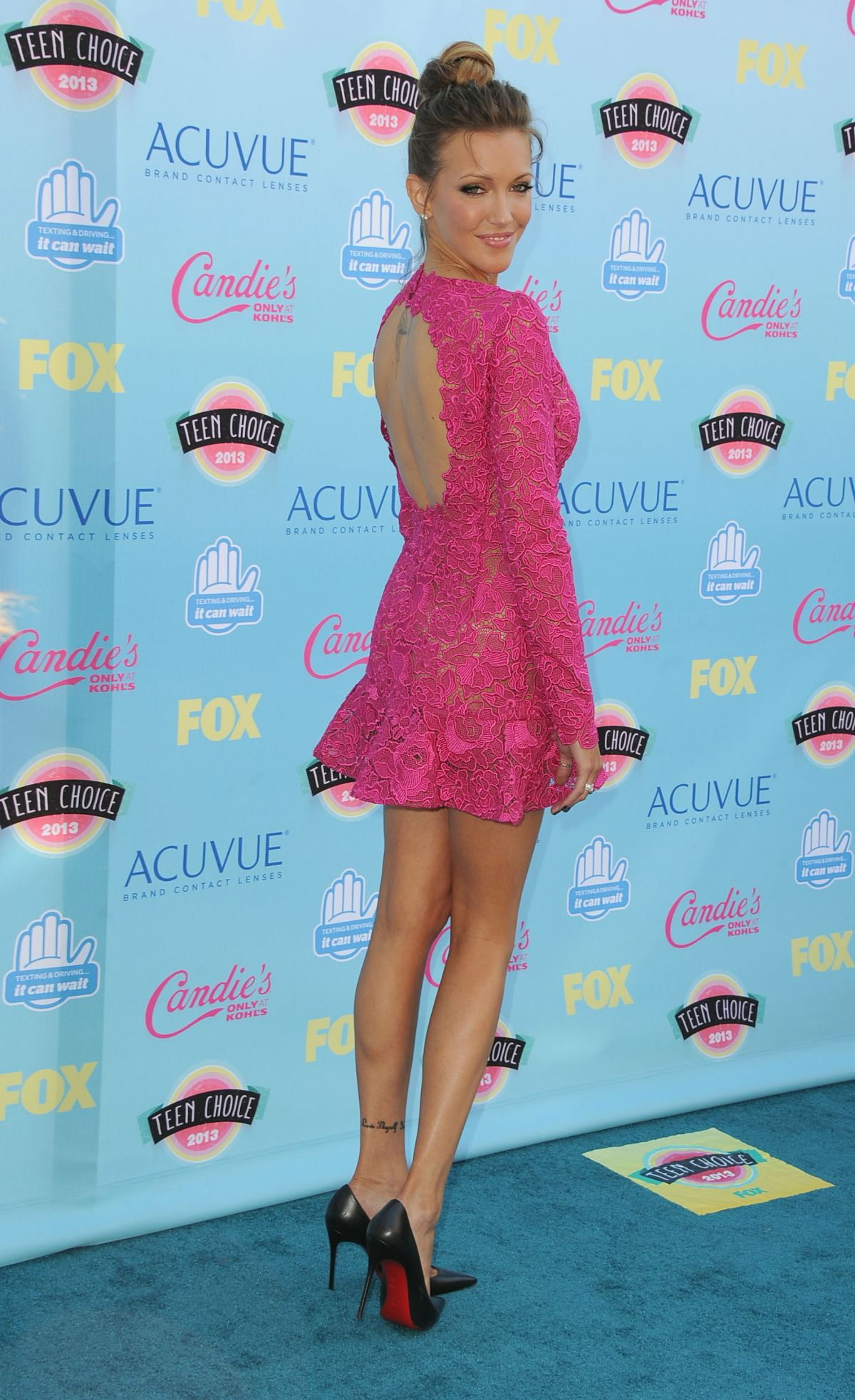 Katie Cassidy At 2013 Teen Choice Awards In Universal City