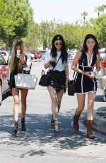 Kylie Jenner Out Shopping In Calabasas