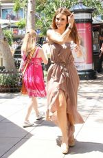 Maria Menounos During Downtime At The Grove In Los Angeles