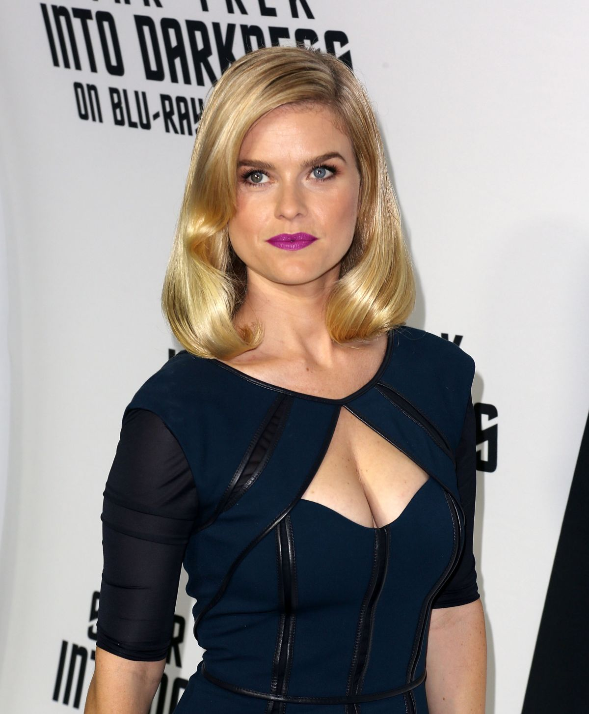 Alice Eve At Star Trek Into Darkness Blu-ray-DVD Release