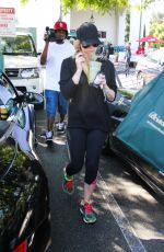 Avril Lavigne After Stopping By Bristol Farms In West Hollywood