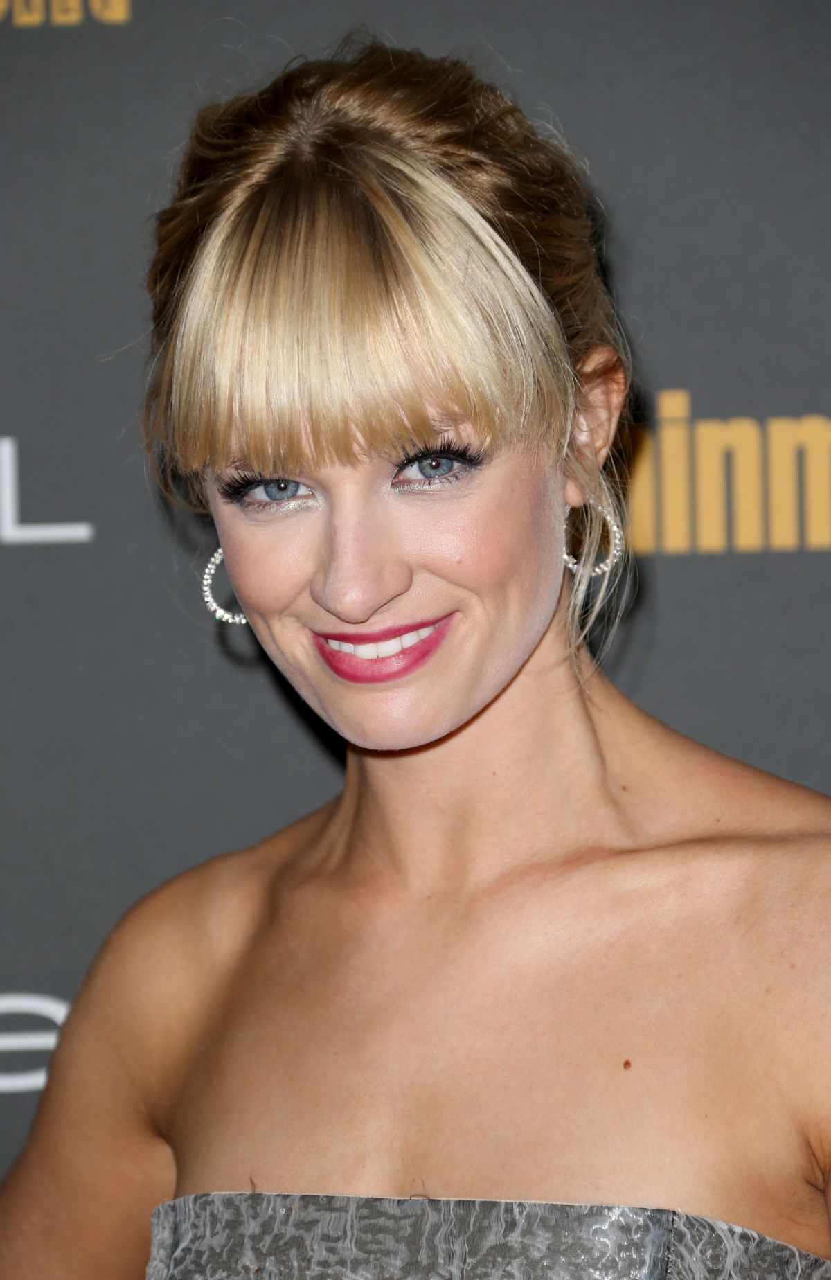 beth behrs salary