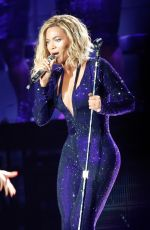 Beyonce At Budweiser Made In America Music Festival