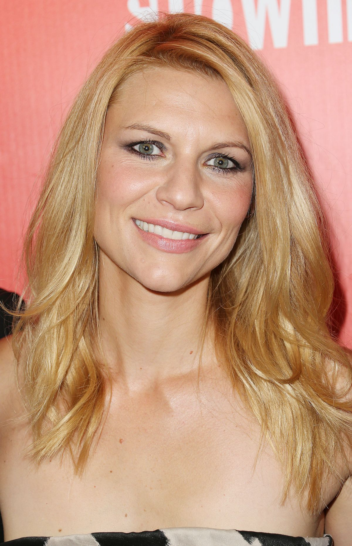 Claire Danes At Showtime Emmy Eve Soiree In Hollywood ... Emmy Eve