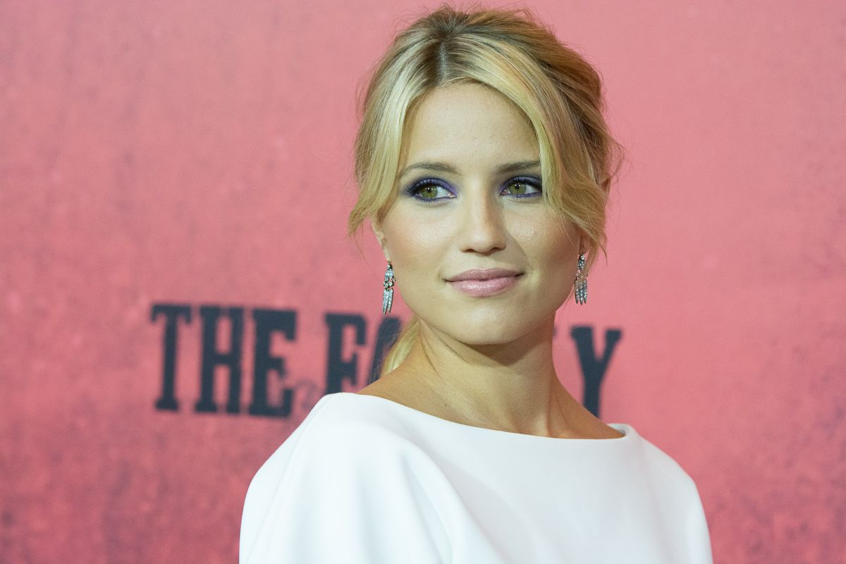 Dianna Agron The Family Hot  IMGFLASH