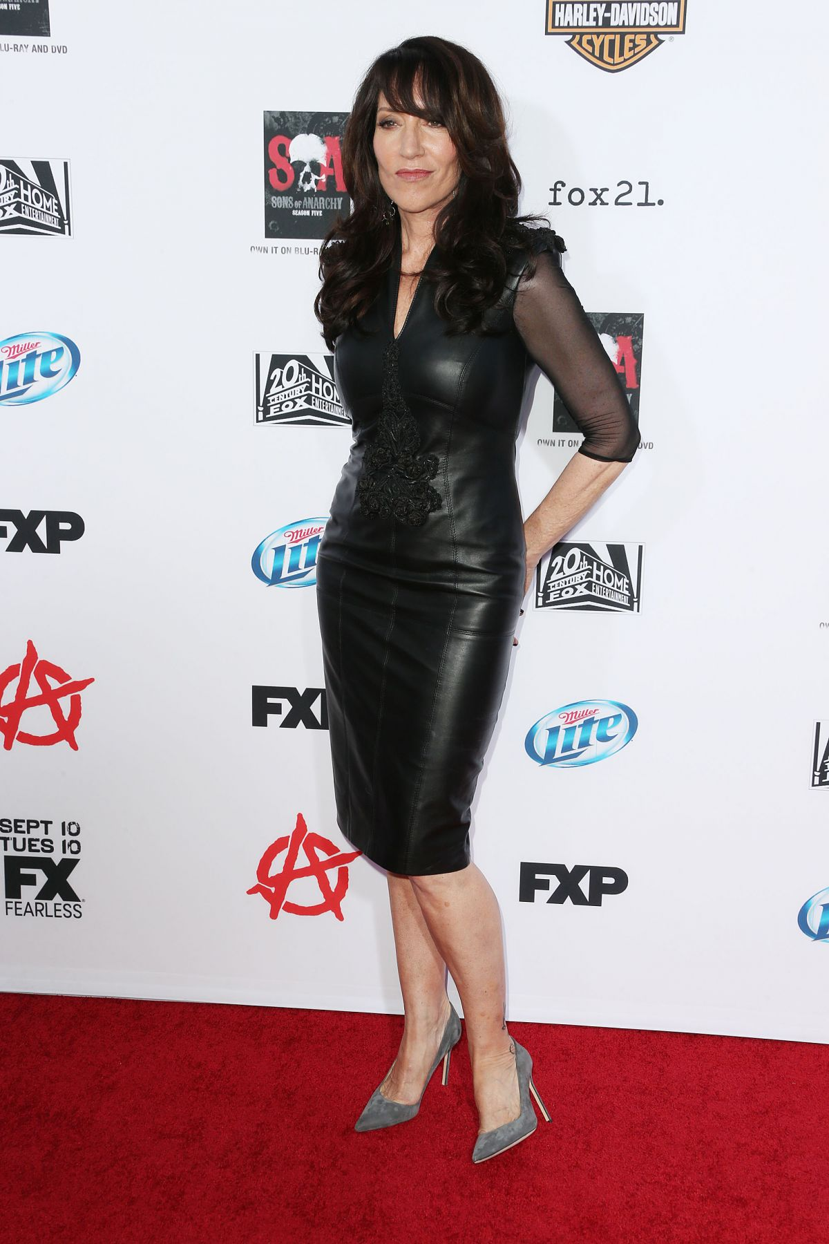 Katey Sagal At Sons Of Anarchy Season 6 Premiere In ... Katey Sagal Leather