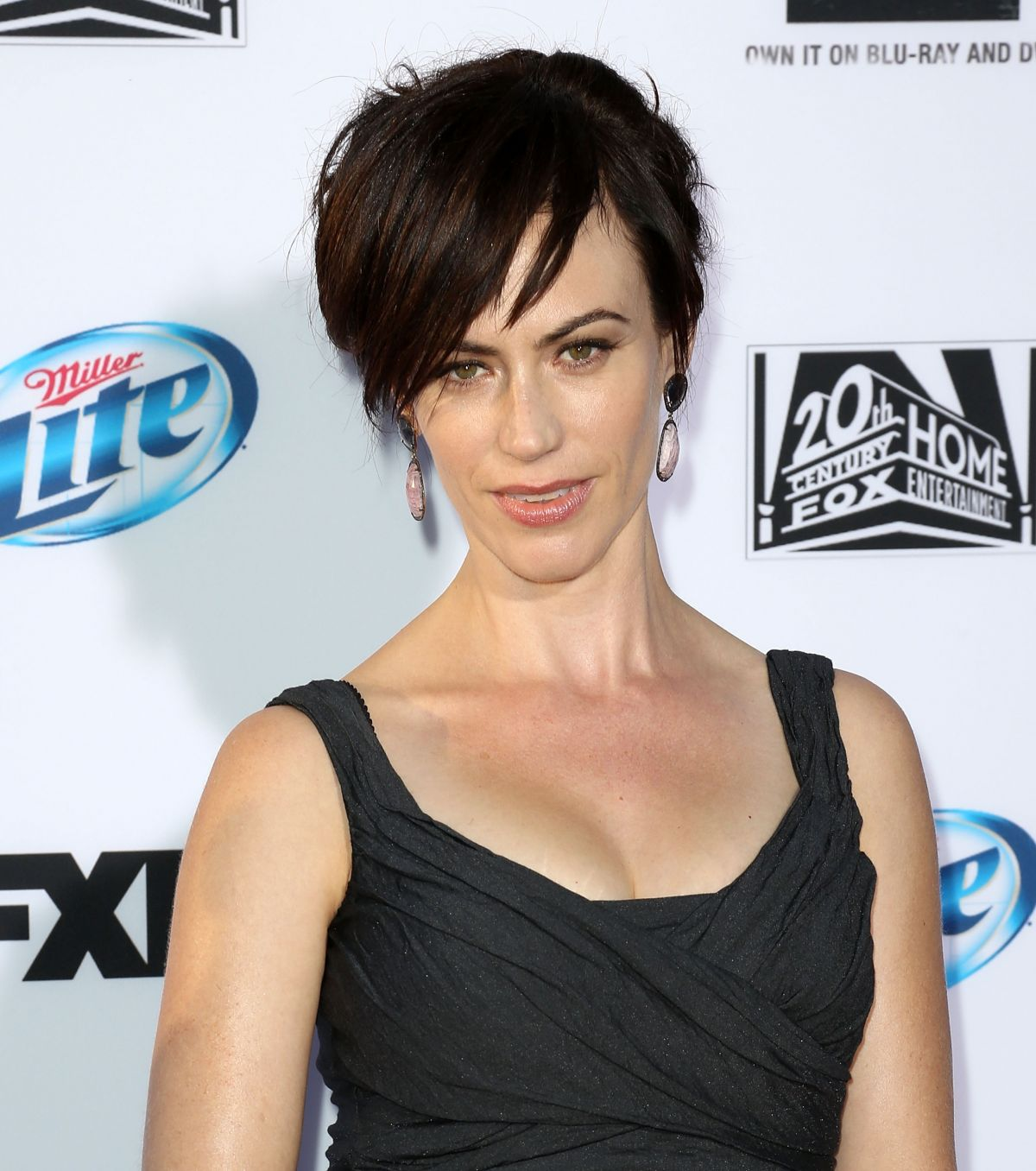 Maggie Siff At Sons Of Anarchy Season 6 Premiere In HollywoodMaggie Siff Sons Of Anarchy Season 6
