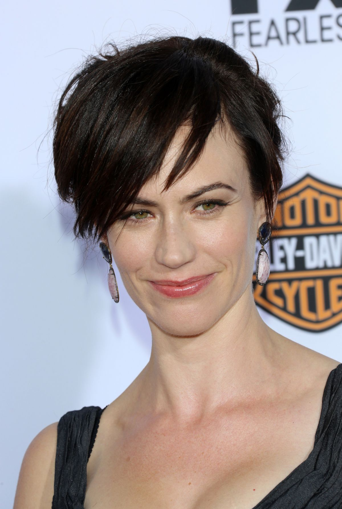 maggie-siff-at-sons-of-anarchy-season-6-premiere-in-hollywood 6 jpgMaggie Siff Sons Of Anarchy Season 6