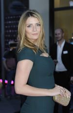 Mischa Barton At Late Night Shopping At Designer Outlet Soltau In Germany